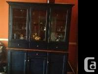 Solid wood dinning room set in good condition.