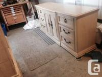 Nicely detailed solid wood dresser in excellent