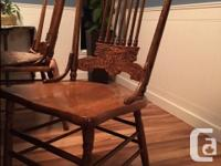 """Solid wood oak table and 6 chairs set. Table size 61"""""""