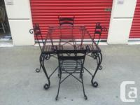 this is a high end patio set worth over 1500 new. its a