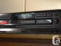 WORKS AND SOUNDS AS GOOD AS NEW Newer Sony model, from
