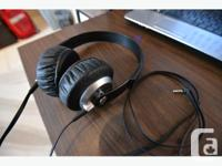 Selling a pair of Sony MDR-XB300's. This was the