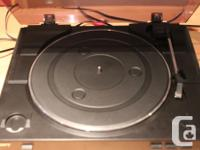 The PS-LX300USB is also a fully functional turntable