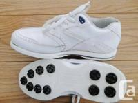 Chaussures de golf:. Modèle Green-Joys put femme.