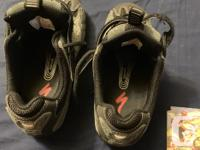 Specialized women's size 37 spd or use as flats as the
