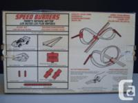 Speed Burners Stunt Set Comes with: 1 Speed Burner Car