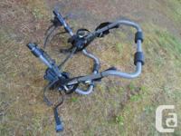 Here is offered an as new Sport Rack bike rack for a