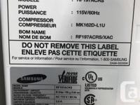 Samsung - RF197ACRS - 18.0 cu. Ft. Bottom-Freezer