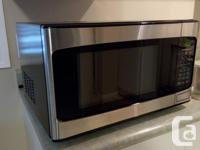 Excellent & very clean condition 1.1 cu. ft. & 1000