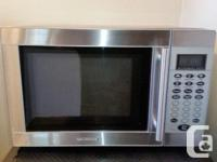 """Small microwave, good condition. 1300W, 11.5 Amp 18"""""""