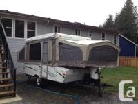 Version 2102 Tent Trailer in great problem ... Has the