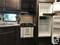 Brand new 2018 StarCraft Autumn Ridge Travel Trailer