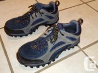 Excellent & like new condition; Size 9 steel toes