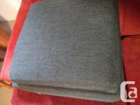 Perfect condition storage ottoman - like new condition
