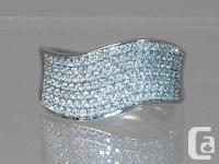 Striking diamond cocktail Ring!  This beautiful piece