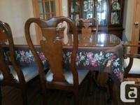 Antique style set. -table (with glass cover,