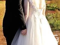 Stunning tea length wedding dress, size 20 with corset