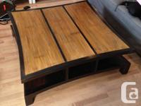 Vend grande table basse de style japonais noir avec 8