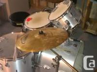 Tama Swingstar drums, 5 piece, 3 cymbals (zildjian