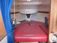 Tanzer 22 with 4 sails and outboard motor Includes