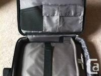 "Targus 15.4"" Traditional Notepac Laptop Case. In great"