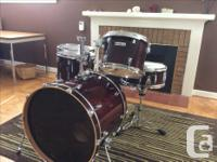 Taye Studio Maple 5 piece drum set in excellent