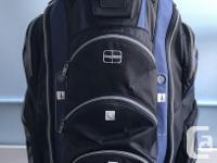 TaylorMade Juggernaut Cart Golf Bag: Excellent