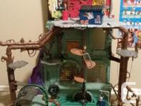 Originally paid $120 for the play set. Great condition,