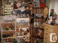 * My Thrift Shop * has (5) original Videos VHS Movies