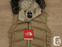 The North Face Women's Vegas Vest in 1K Gold - limited