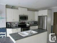 Thermoplastic kitchen cabinets  white in good