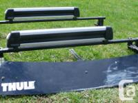 I'm selling a whole Thule Roof Rack system including: 2