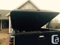 Leer 700 hard tonneau cover for GMC crew cab short box