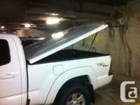 I'M SELLING A TONNEAU COVER FOR LATE MODEL TOYOTA