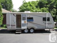 This 24? X 8? travel trailer is in excellent condition,