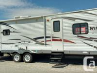 27 feet travel trailer RLSS Wildwood 2013 $ 22,500