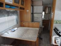 2002 traillight 26.5 ft. 5th wheel travel trailer. has