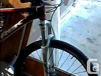 """29"""" Front wheel. 100mm travel in the front suspension."""