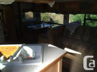 32f Jazz 2003 5th wheel camper With 2002 chevrolet 3500