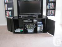 STAND ONLY - TV, COMPONENTS AND MEDIA NOT INCLUDED TV