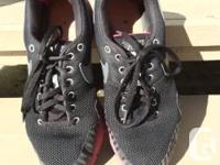 BLACK AND PINK RUNNERS SIZE 7 $20 BLACK AND PURPLE