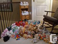 Over 95 beanie babies in excellent condition some with