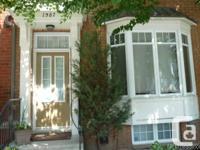 Maison de ville cle en keys situe sur une rue