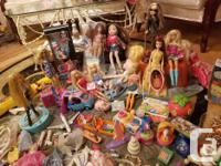 This Barbie Collection, that comes with Dolls from