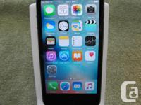 Apple iPhone 5s - Black in color - 16Gb - UNLOCKED - in