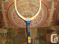 Vintage 1970's SLAZENGER Wooden Tennis Noise Difficulty