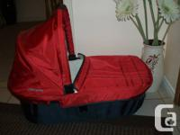 Red Uppa Baby Vista Bassinet only in excellent