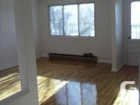 PAINTED ,CLEAN UPPER DUPLEX ,VERY QUIET APT CLOSE TO