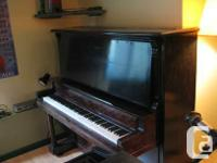 Selling Upton upright marvelous piano. Functions and