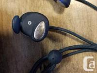 I have a pair of UrbanEars Medis Indigo earphones